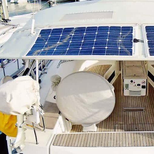 Solar Photovoltaik SunPower Solarpaneel Bimini Stoff Plane Klett Reißverschluss Yacht Segeln Marine Solbian Persenning